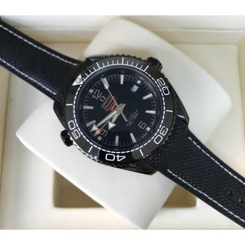 Omega (OM 05) Seamaster GMT