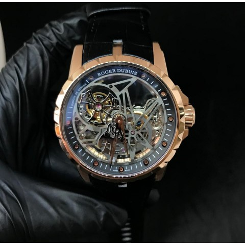 Roger Dubuis (RD 01)